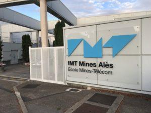 Entrée de l'école d'ingénieurs des mines et télécoms d'Alès